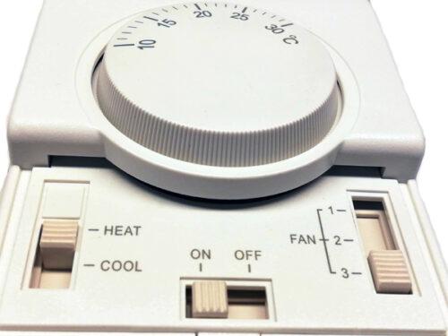 Trestegs varvtalsreglering med termostat till aerotemper Reventon